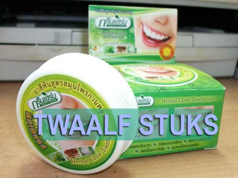 familie pakket met 12 stuks kruiden tandpasta