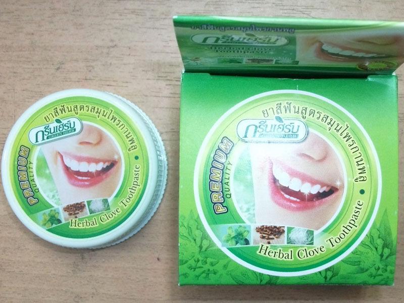 Fluorvrije kruiden tandpasta